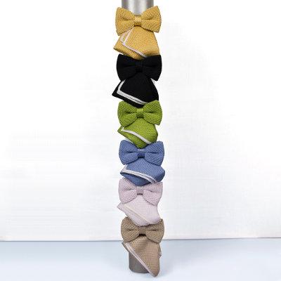 Gestrickte Krawatten